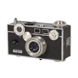 Gallery in the Lobby 横浜市所蔵カメラ・写真コレクション 「映画の中のカメラ」の画像