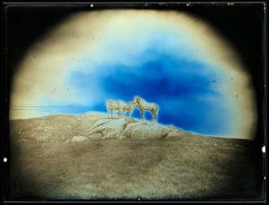 大人のためのアトリエ「写真が〈魔術〉だったころー最初期の写真・ダゲレオタイプ(銀板写真)講座+映像詩『オシラ鏡』上映会」の画像
